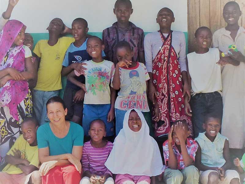 Anja Friedrich mit den Kindern