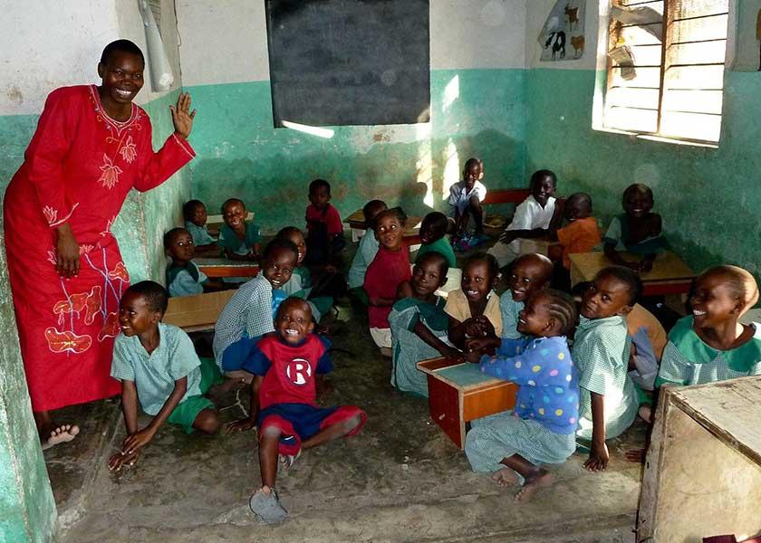 Klassenfoto der Little Angel in Kenia